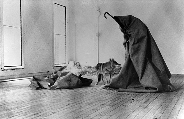 joseph_beuys_i_like_america_b_kidsofdada_article_grande